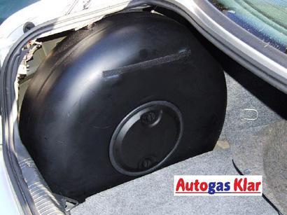 Autogas Klar - Radmuldentank (stehend)